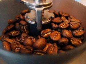 kaffee-bohne-gemahlen