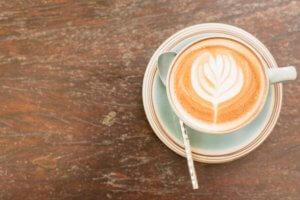kaffee-herz-milchschaum-quiz